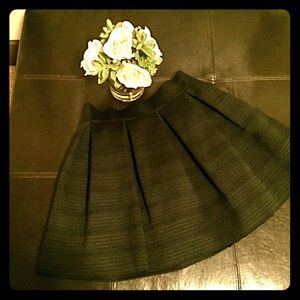 Black, ribbed, wide-bottom Express skirt